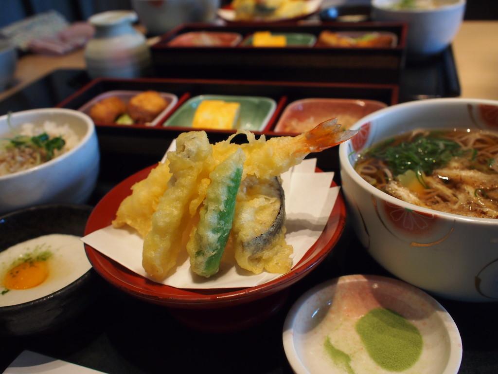 美味しい食事、炭水化物オンパレードも魅力的なのですよね^^;